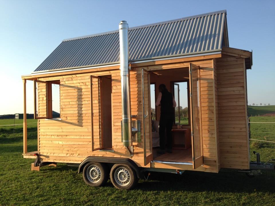 ein tinyhouse bauen kleine h user gro e freiheit. Black Bedroom Furniture Sets. Home Design Ideas